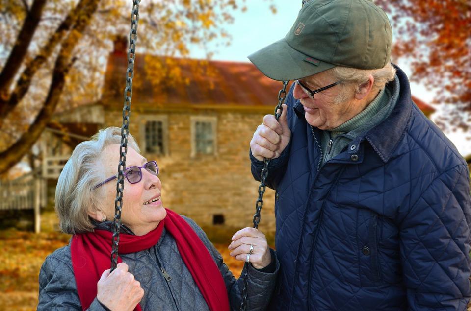 Cestovní pojištění pro seniory titulní obrázek