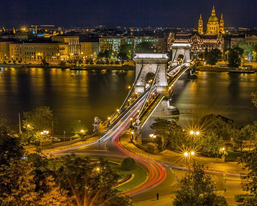 Cestovní pojištění do Maďarska - maďarský most