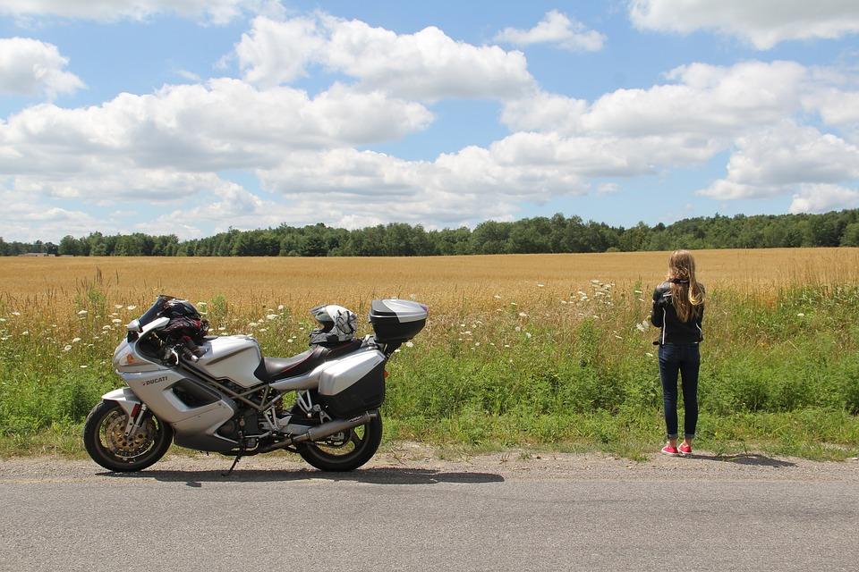 Povinná výbava pro motocykly - konečný obrázek