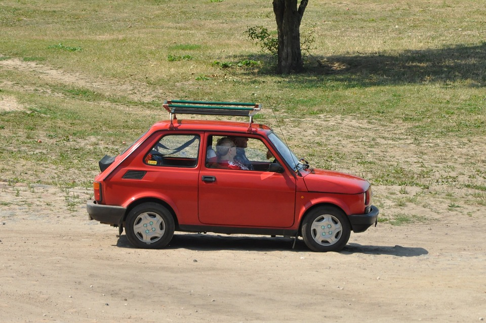 Povinná výbava osobního automobilu v Polsku