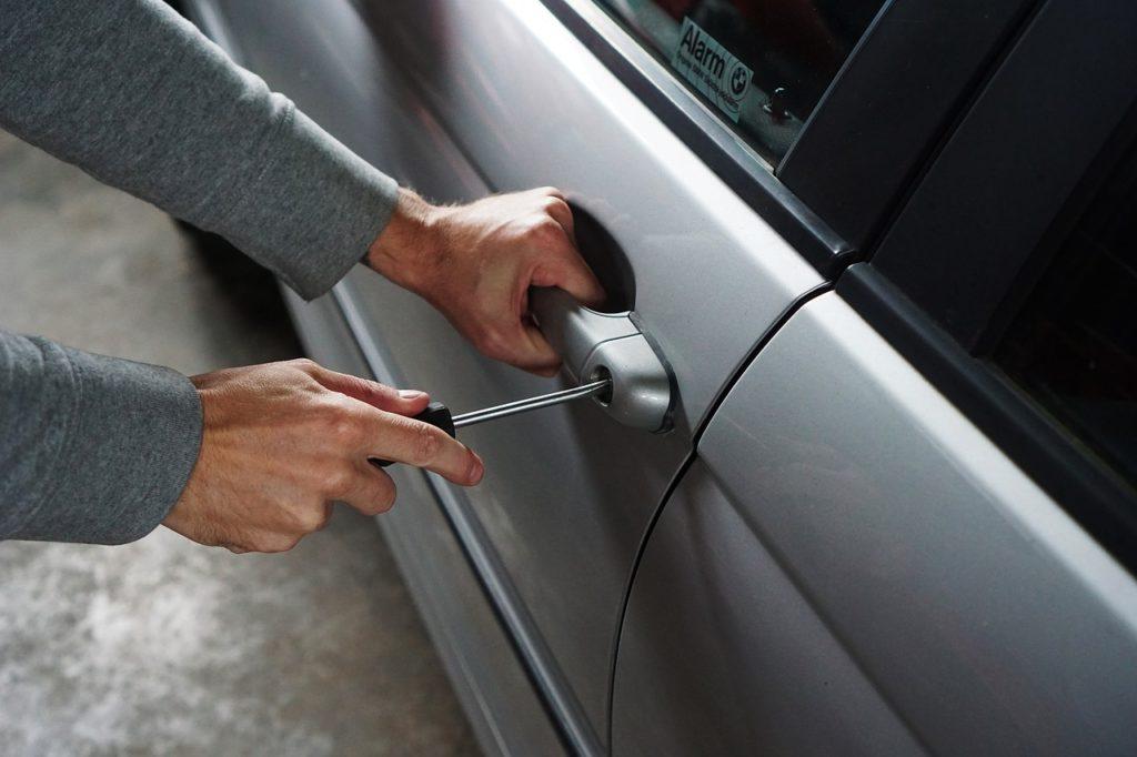 Pojištění vozidel - AXA pojišťovna