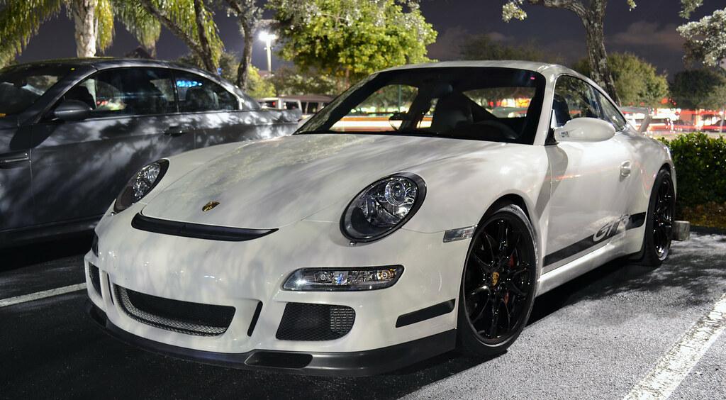 Havarijní pojištění pro Porsche: kde se vyplatí nejvíce